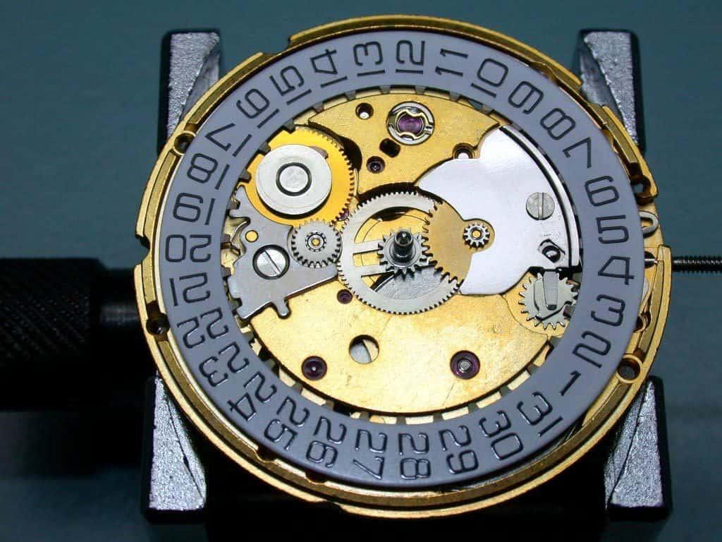 מנגנון שעון מכאני ETA 2824