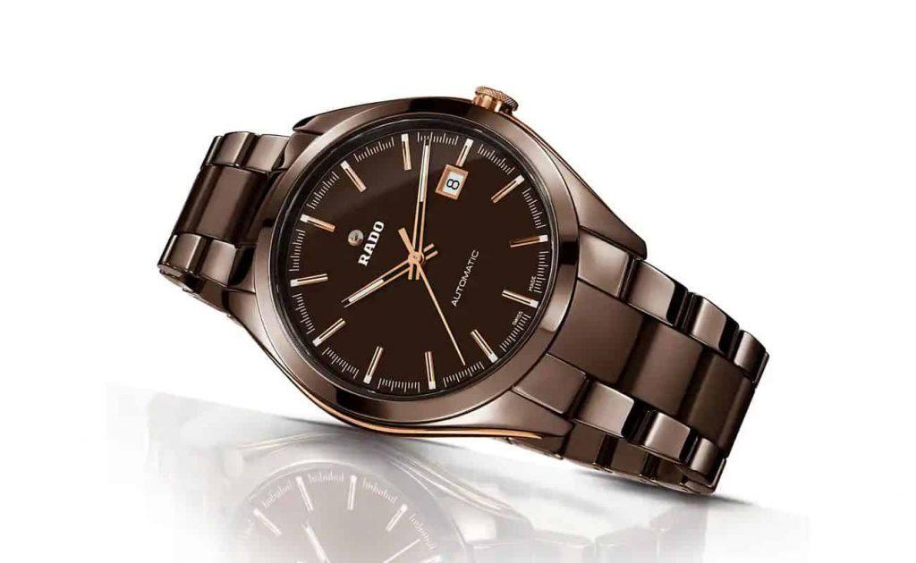 שעון ראדו HyperChrome אוטומטי מסגסוגת קרמית בצבע חום. מקור - ראדו.