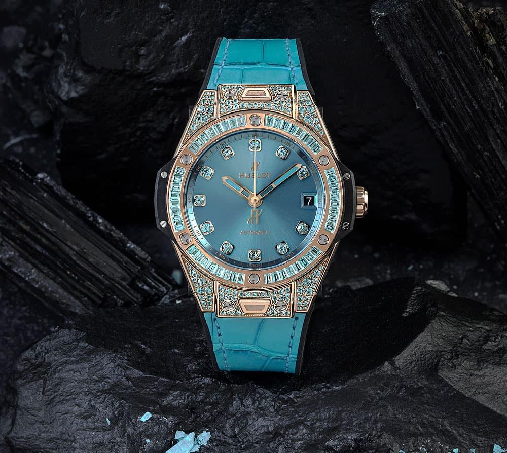 שעון הובלו ביג באנג One Click Paraiba ב-King Gold של הובלו. מקור - WatchTime.