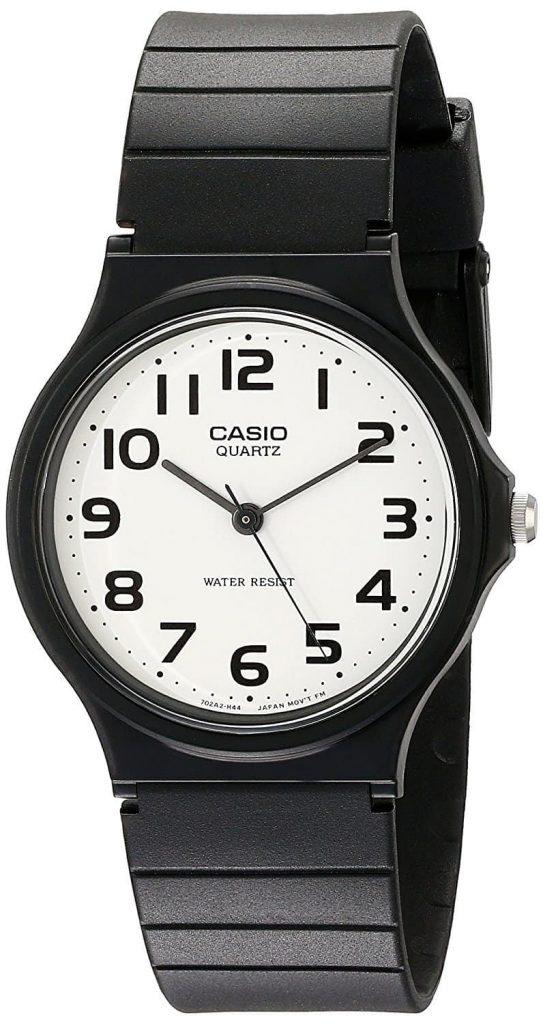 שעון הקסיו MQ24-7B של האפיפיור פרנציסקוס.