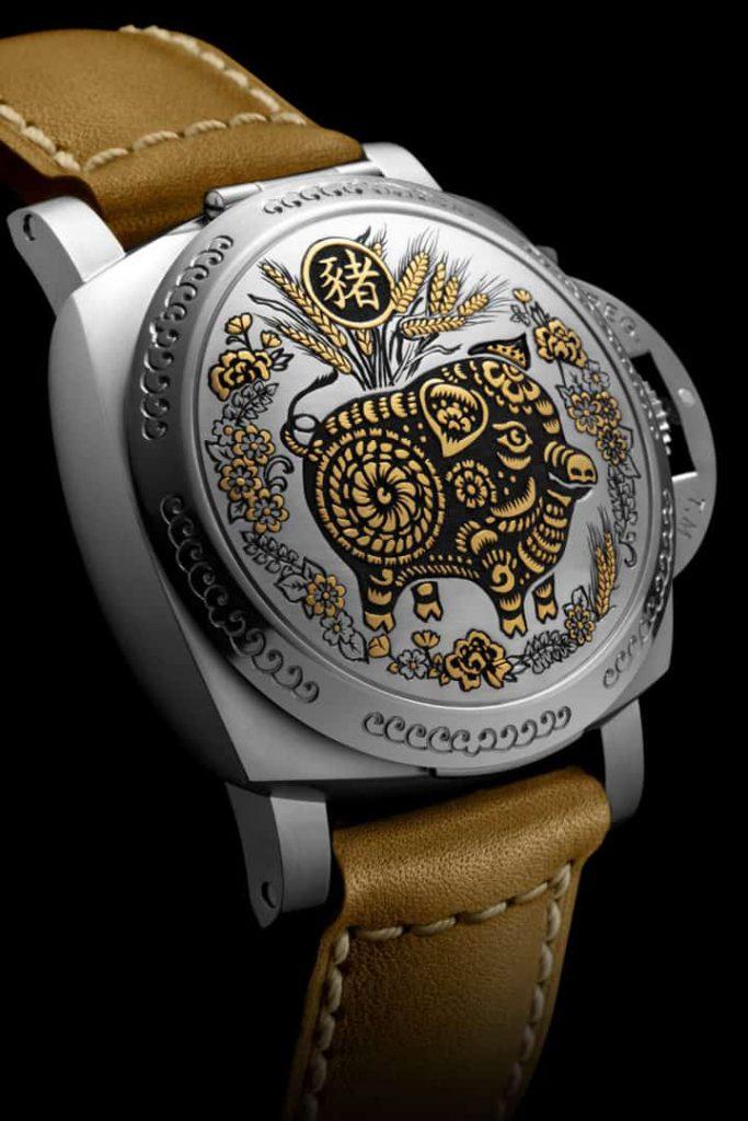 שעון פנריי PAM00859 שנת החזיר. מקור - Deployant.
