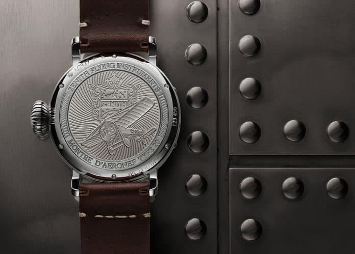 גב שעון הזניט פיילוט Type 20 Extra Special מכסף 925. מקור - זניט.