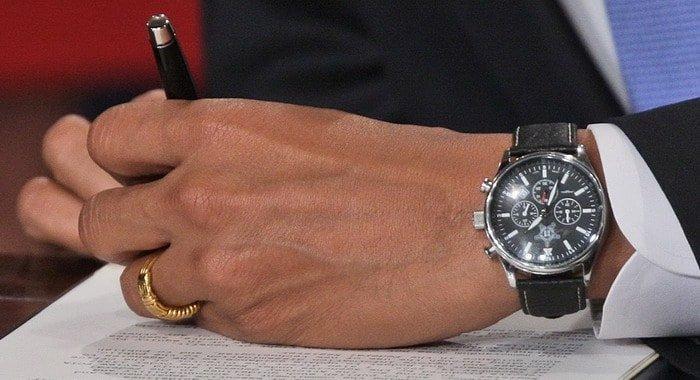 שעון היורג גריי 6500 של ברק אובמה. מקור - LUXUO.
