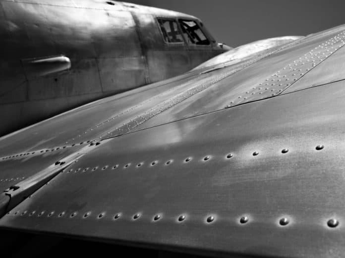 מפציץ ממלחמת העולם השניה - השראה לשעון הזניט פיילוט טייפ 20 אקסטרה ספיישל. מקור - Revolution.
