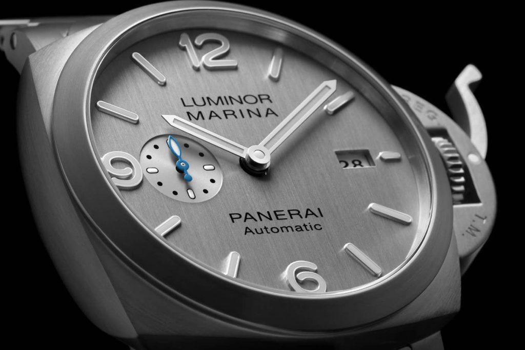 panerai luminor marina silver dial