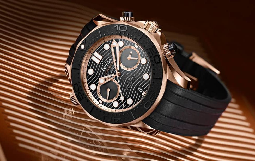 שעון אומגה סימסטר דייבר 300 מטרים כרונוגרף 2019. מקור - WatchesBySjx.