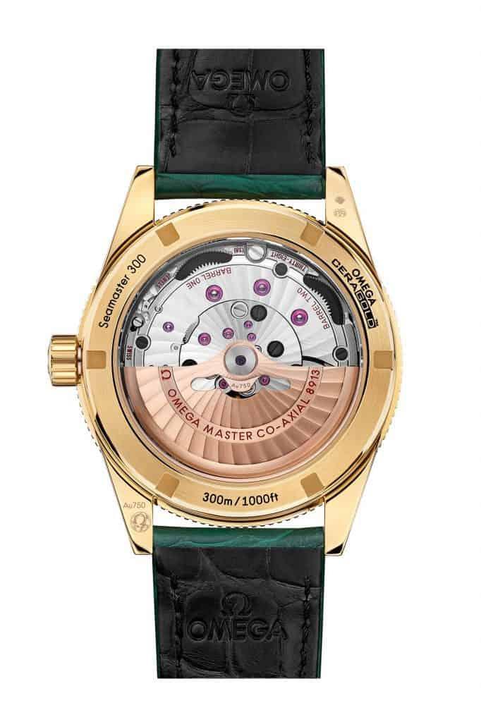 שעון אומגה סימסטר 300 לוח ירוק מלכיט. מקור - Fratello Watches.