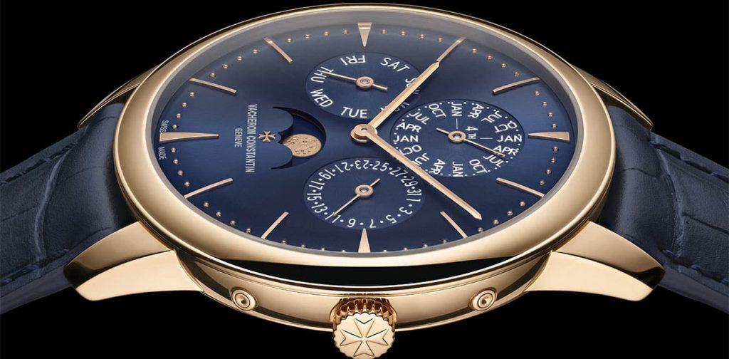 שעון וושרון קונסטנטין Patrimony לוח שנה נצחי עם לוח כחול. מקור - WATCHESBYSJX.