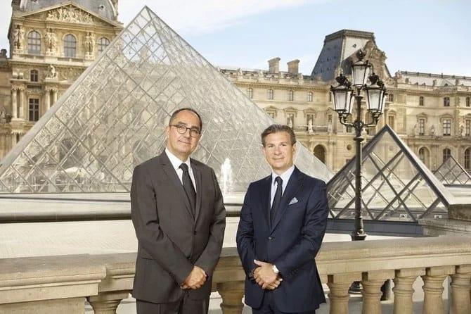 """מנכ""""ל וושרון קונסטנטין ונשיא  מנהל מוזיאון הלובר. מקור - ARAB NEWS."""