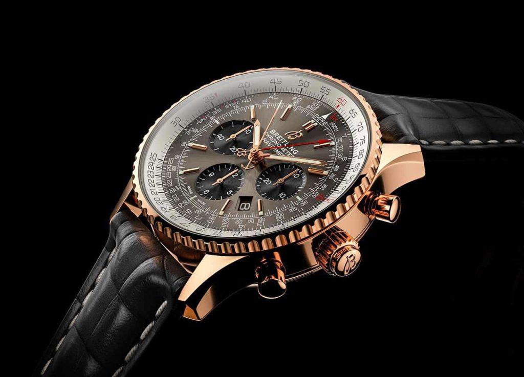 שעון הברייטלינג נויטיימר B03 כרונוגרף רטרפנטה 45. מקור - TimeandWatches.