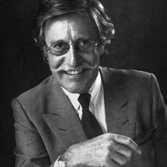 אבי עיצובי המתכת, המעצב האגדי גראלד ג'נטה. מקור: אינסטגרם גראלד גנטה הרשמי.
