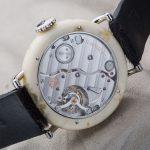 שעון ה-Swiss Mad. מקור - כרונו24.