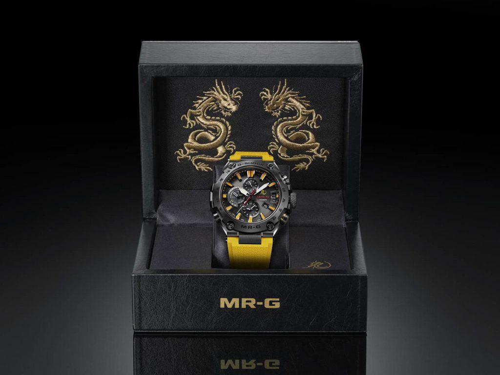 השעון באריזה המיוחדת שלו. מקור - Deployant.