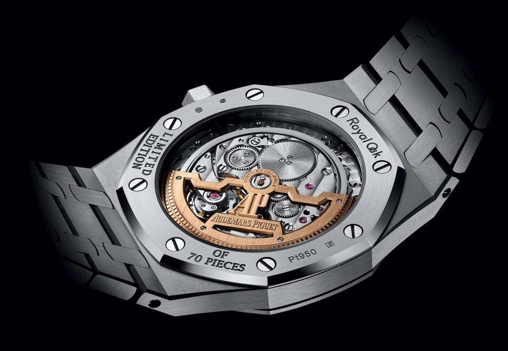קליבר 2121 של אודמר פיגה. מקור - Monochrome Watches.