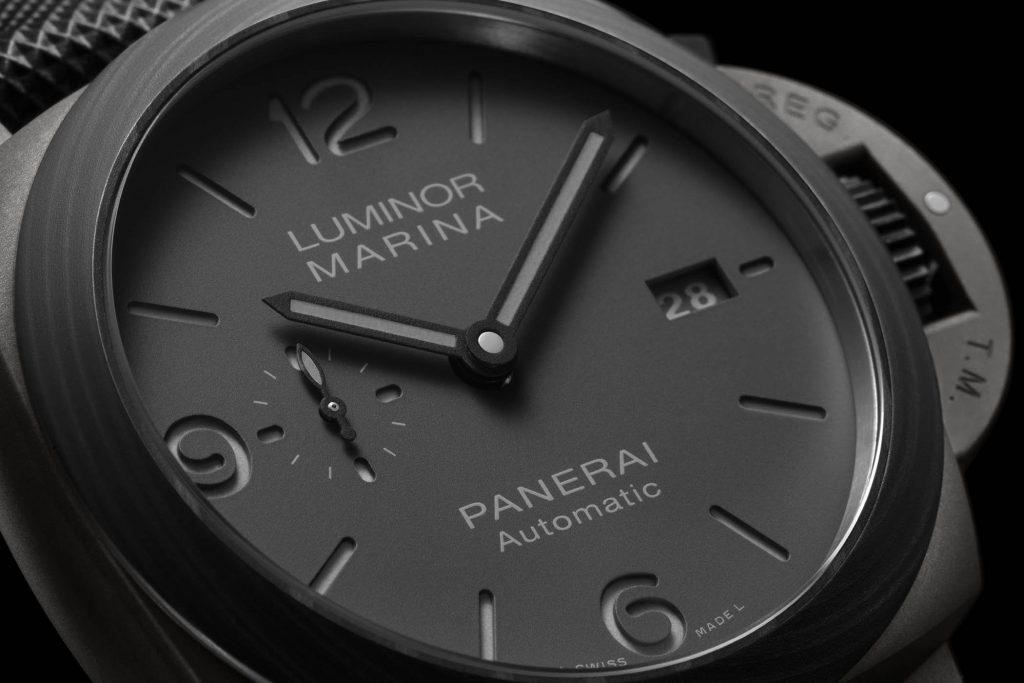 פנריי לומינור מרינה DMLS 44mm. מקור - Monochrome Watches.