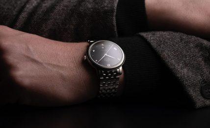 אומגה דה וויל 2020 - לוחות חדשים לשעוני הסדרה. מקור - Monochrome Watches.