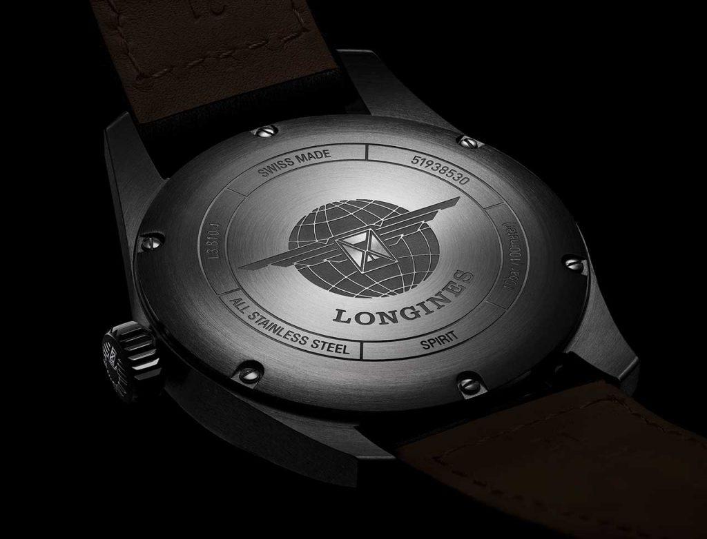גב אטום לשעונים החדשים. מקור - TimeandWatches.