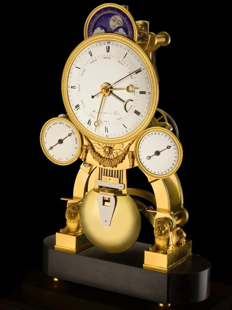 השעון של מלך נאפולי. מקור- אתר לואי מוינט הרשמי.
