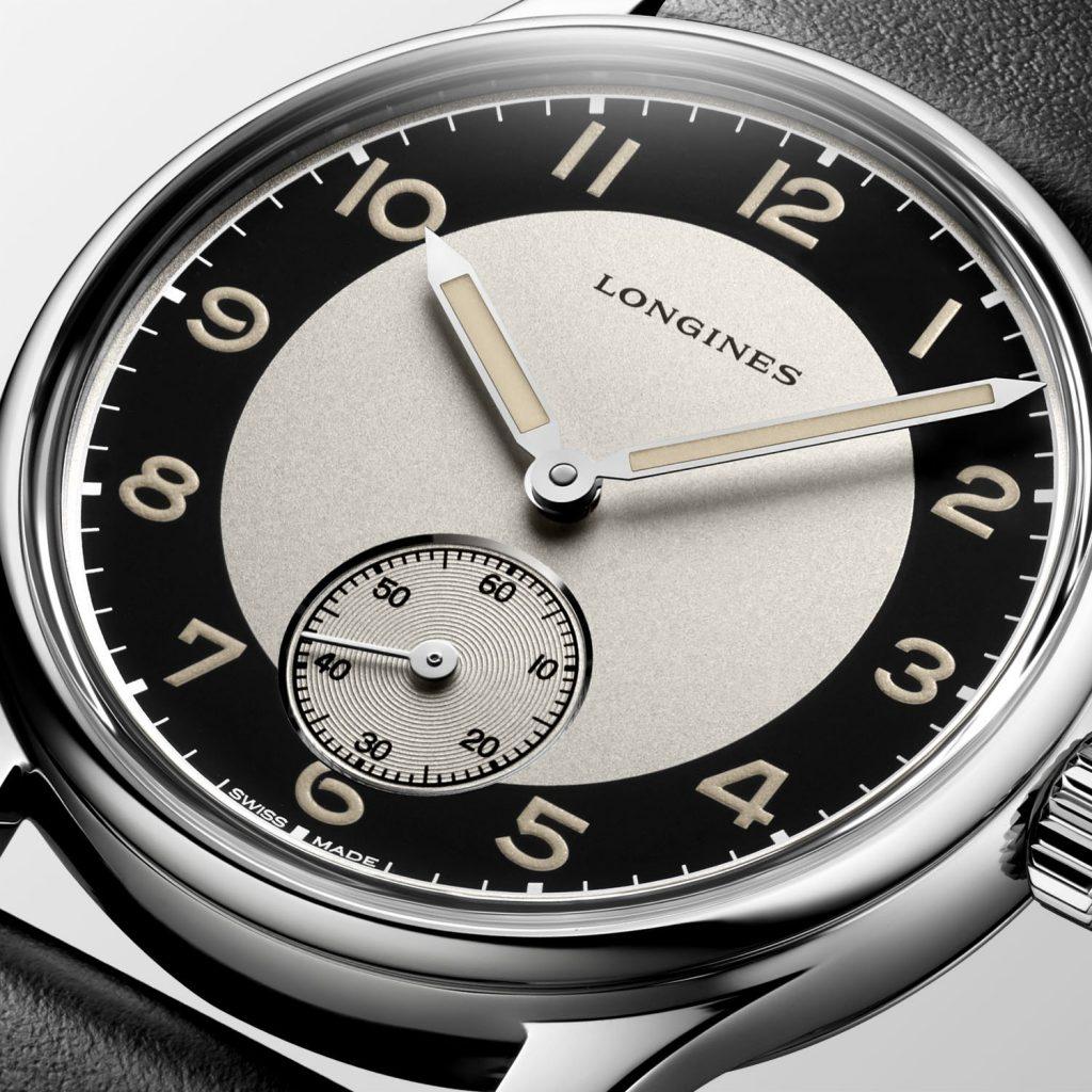 דגם ה-Small Seconds עם הלוח המיוחד. מקור - Monochrome Watches.