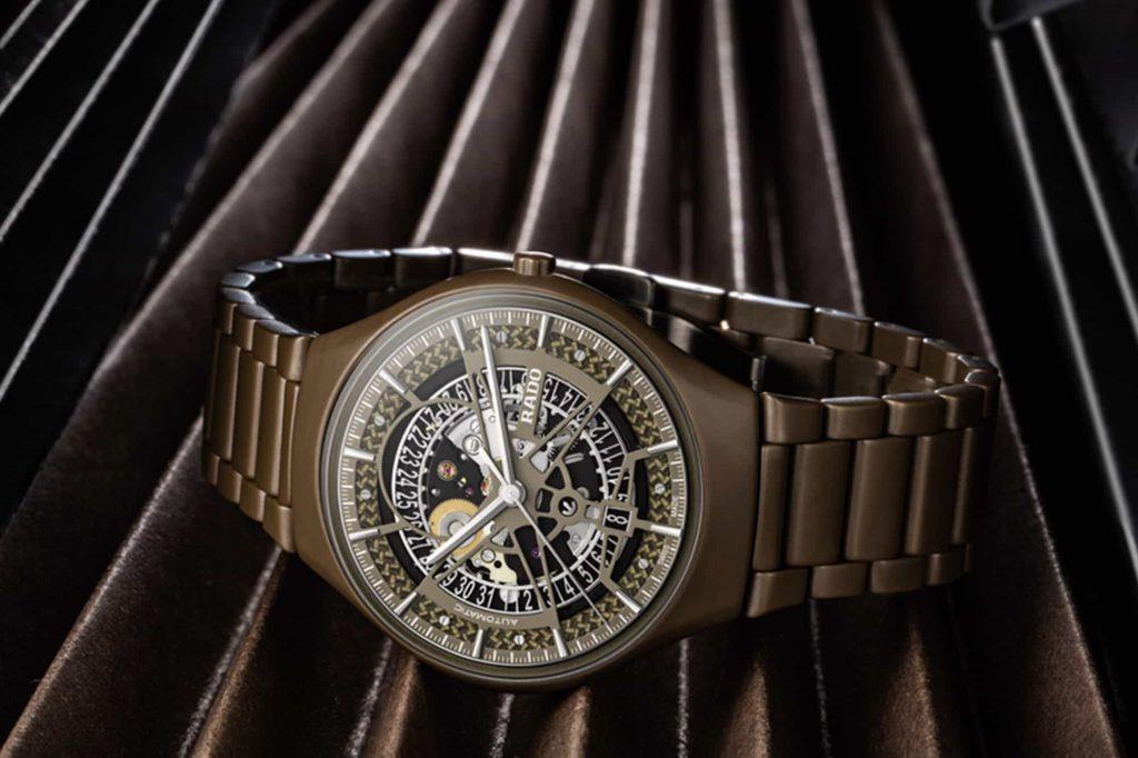השעון הקרמי הראשון של ראדו בצבע ירוק. מקור - WornandWound.