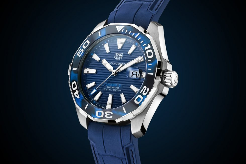 """טאג הויר """"Tortoise Shell"""" אקווה רייסר. מקור - Monochrome Watches."""