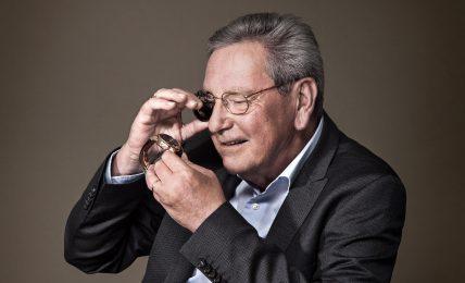 רוג'ר דובואיס - יצרן השעונים שמכר את השם שלו. מקור - FHH JOURNAL.