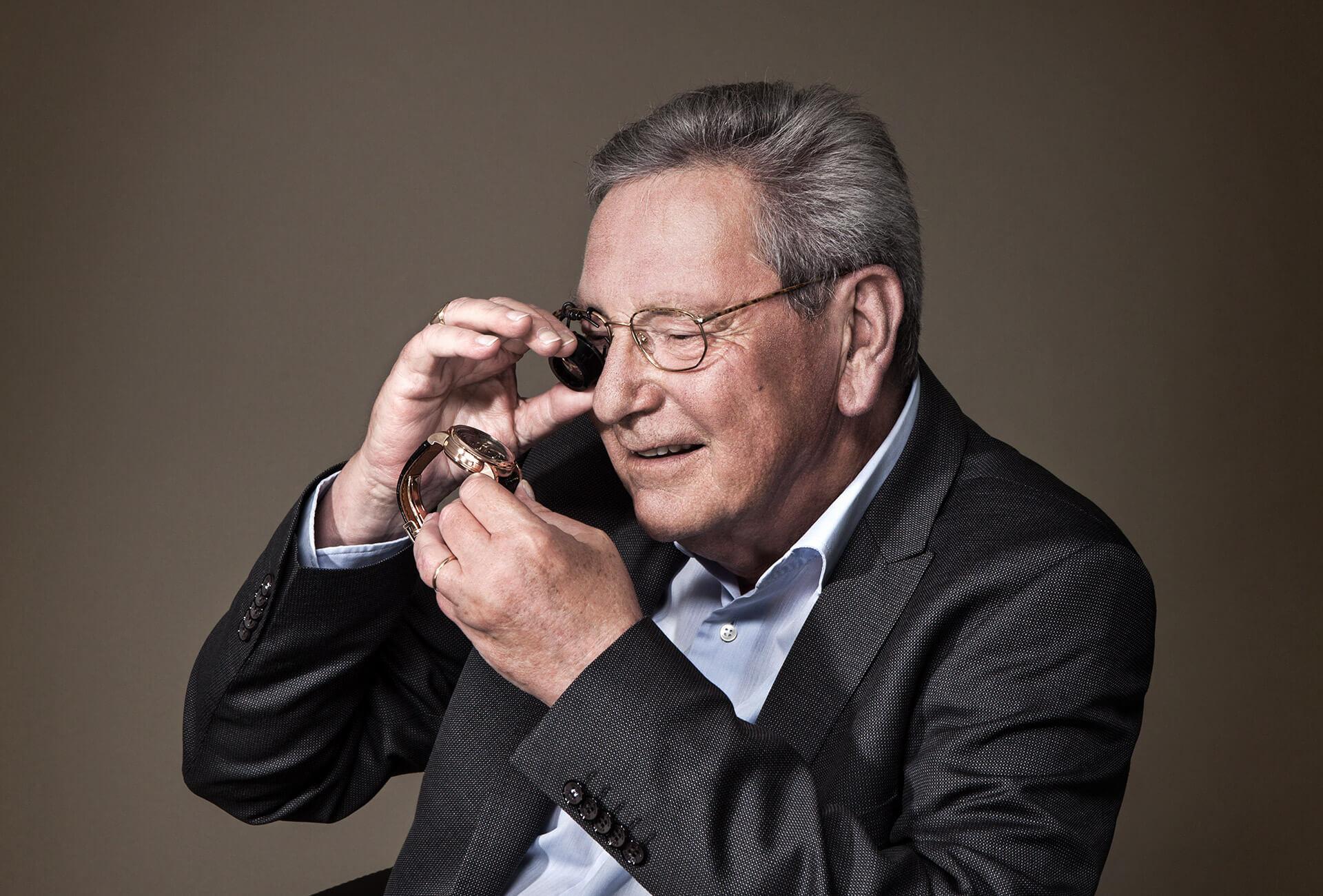 רוג'ר דובואי – יצרן השעונים שמכר את השם שלו.