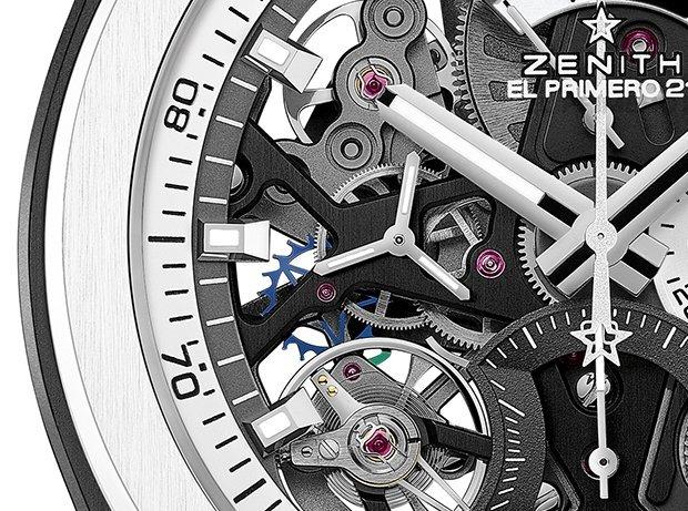 קליבר 9004 מבעד ללוח הסקלטון של השעון. מקור - IWMAGAZINE.