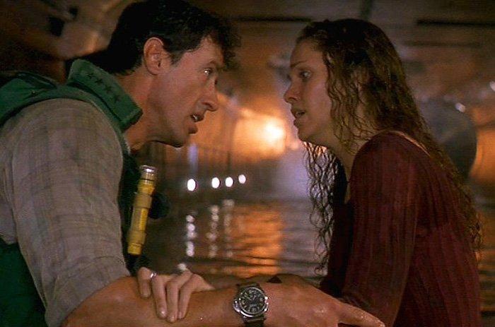 סטאלון עונד את השעון במהלך צילומי הסרט. מקור - TimeandWatches.