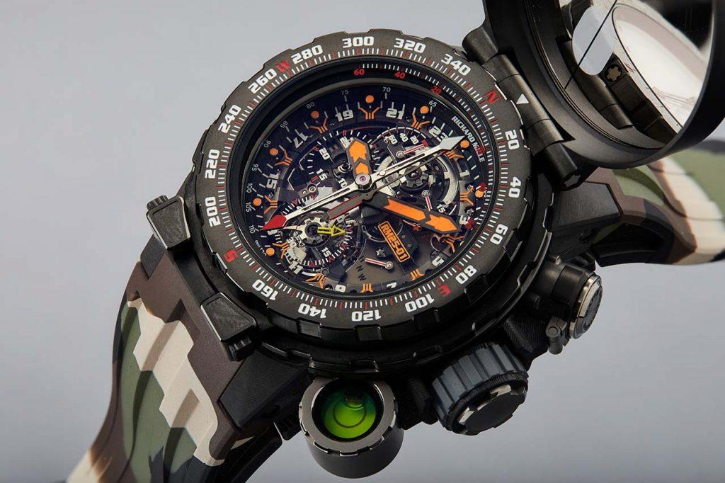 לקנות שעון של רמבו. מקור - TimeandWatches.