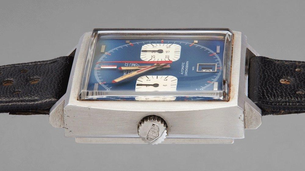 שני שעונים אייקוניים ונדירים. שעון ההויר מונקו של מקווין. מקור - פיליפס.