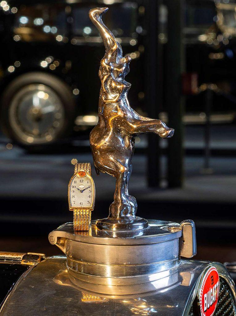 שעוני הרדיאטור של בוגאטי. מקור - Vintage Watch Story.