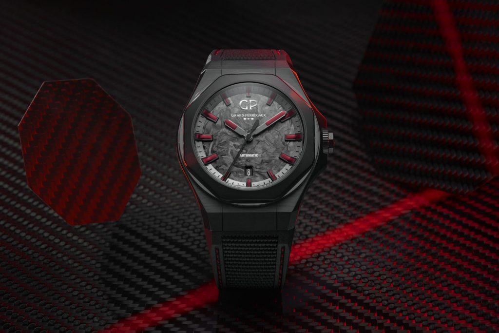 לורטו אבסולוט אינפרה אדום. מקור - Monochrome Watches.