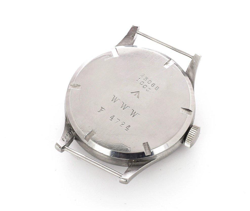 ההיסטוריה של שעונים ומלחמות. הכיתוב WWW על גב שעון הלונג'ין. מקור - ACOLLECTEDMAN.
