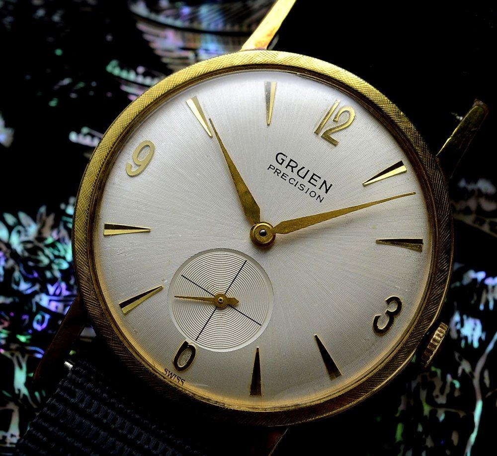 השעון של ג'יימס בונד. מקור - the007world.com.
