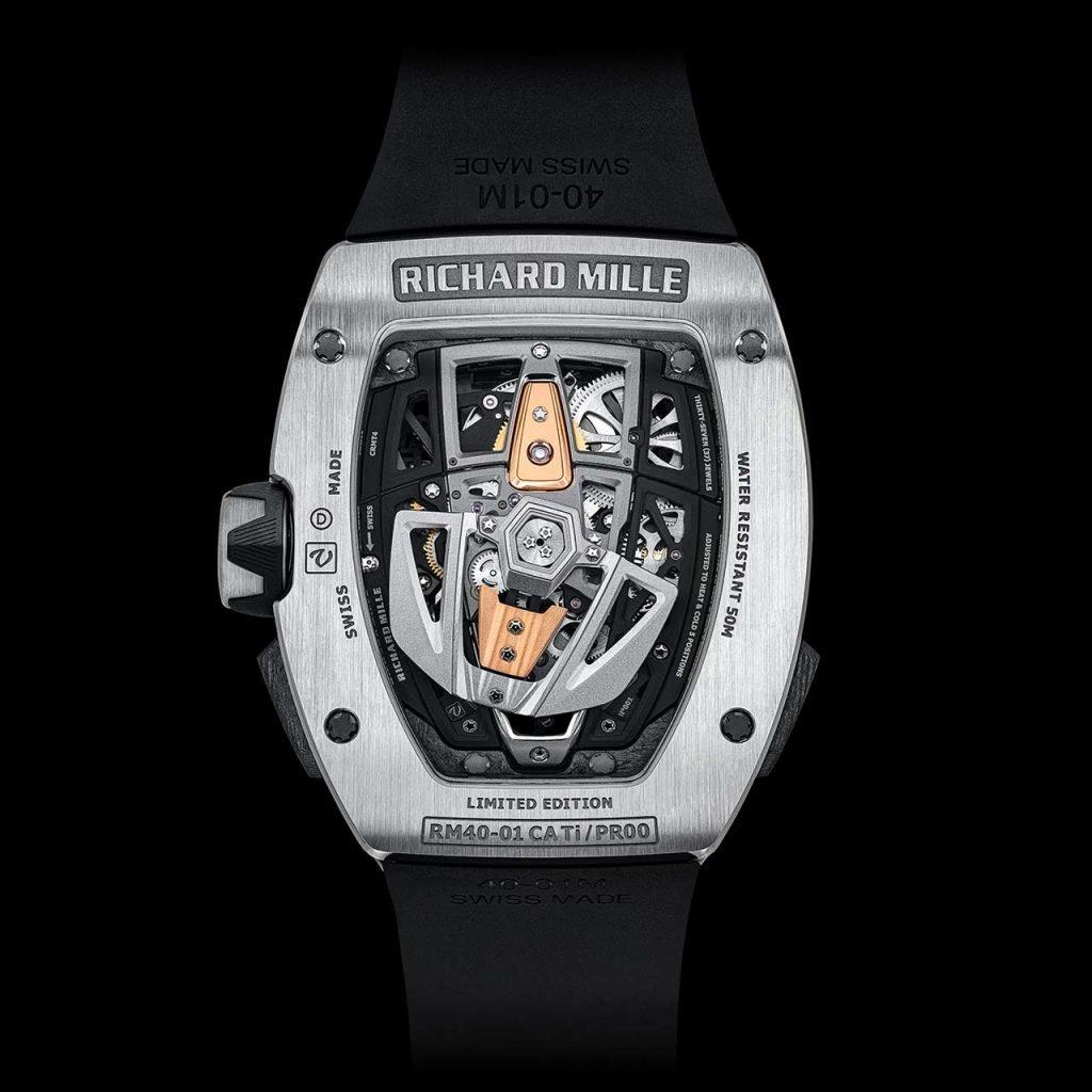 הרוטור המיוחד של השעון. מקור - TIMEANDWATCHES.
