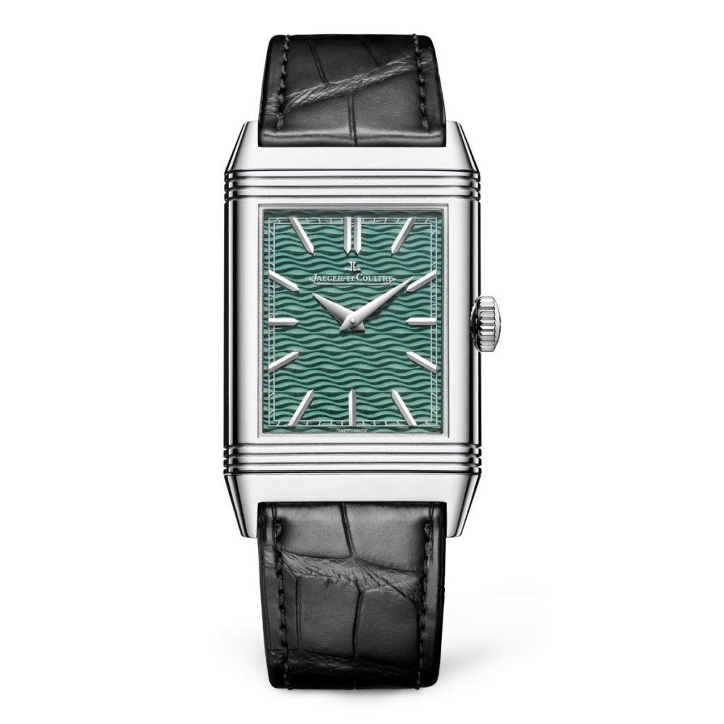 לוח השעון הרגיל העשוי גם הוא מאמייל ירוק עם שכבות של אמייל ירוק שקוף. מקור - WAtchilove.