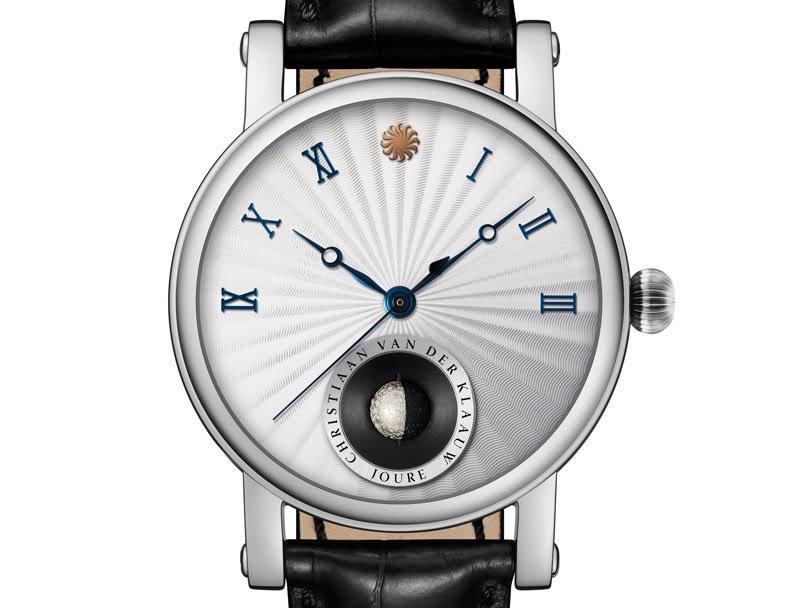 שעון ה-Real Moon Joure של כריסטיאן ואן דר קלאו. מקור - Monochrome Watches.