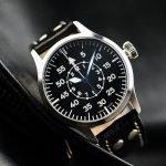 שעון טייסים במראה וינטאג'י. מקור - אתר החברה.