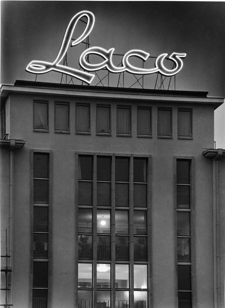 Durowe-Laco וקומפליקציית מד חניה. הבניין ההיסטורי של Laco. מקור - WIKIWAND.