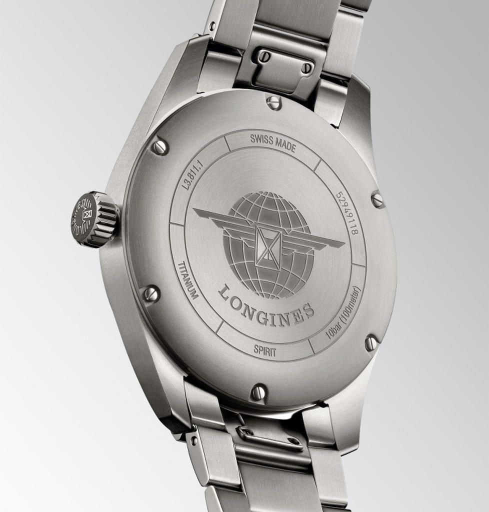 גב שעון הלונג'ין ספיריט טיטניום החדש. מקור - TimeandWatches.