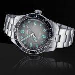 אוריס סיקסטי פייב גלואו. מקור - Monochrome Watches.