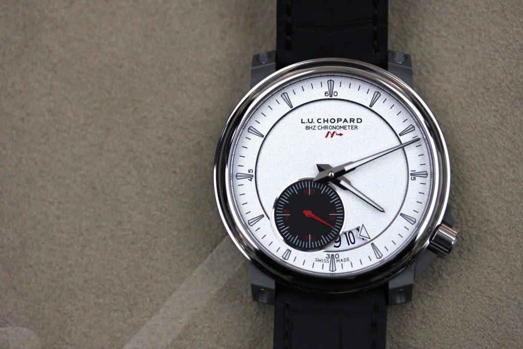 קליבר 8HF של שופארד - שעון ה-L.U.C הראשון של שופארד בתדר 8Hz. מקור - Hodinkee.