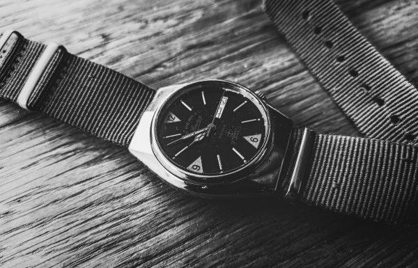 השפעת הצבא על תעשיית השעונים, מאת כפיר חדד